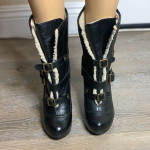 Betsey Johnson black boots Size:7M Heels:5